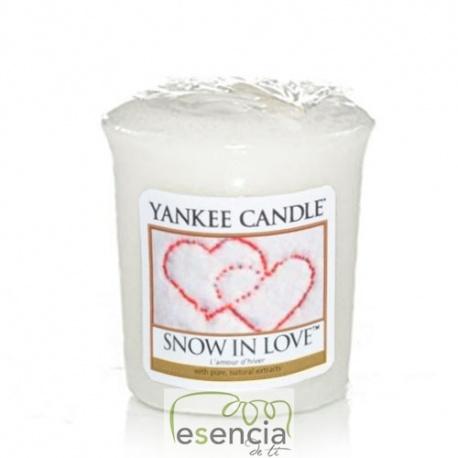 YANKEE VOTIVA SNOW IN LOVE